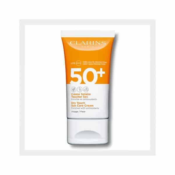 Clarins Crema Solare Viso Finish asciutto UVA/UVB 50+ Clarins <p>Arricchita con antiossidanti</p>
