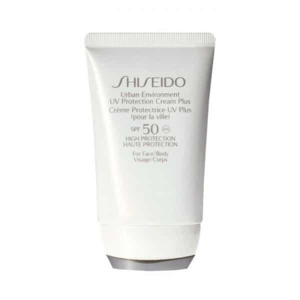 """Shiseido Urban Environment UV Protection Plus SPF50 Crema Viso Shiseido <h5><span class=""""shortDescPart1"""">IL TUO MIGLIOR ALLEATO PER PROTEGGERTI DAL SOLE IN CITTÀ. Protezione solare</span><span class=""""shortDescPart2"""">leggerissima che fornisce idratazione eccezionale e protegge dalle aggressioni esterne quali raggi UV, aria secca e inquinamento dell'aria per una pelle bella e dall'aspetto sano. SPF50 Per il viso.</span></h5> <h5></h5>"""
